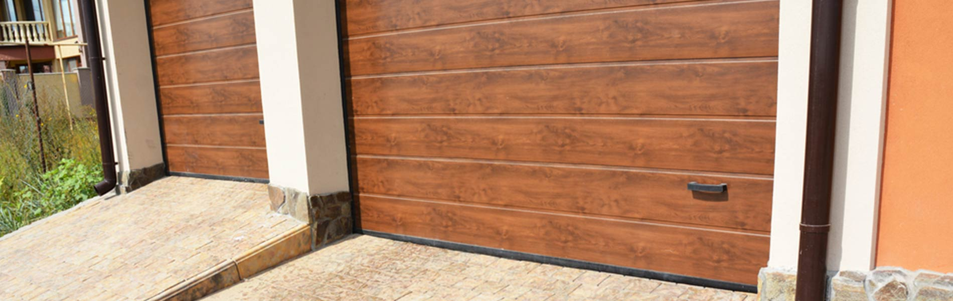 Express Garage Doors Lafayette, CO 303-653-9438